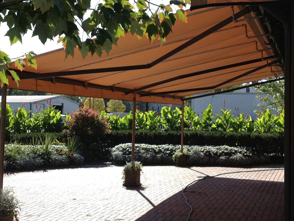 Fasig Tipton Retractable Awning