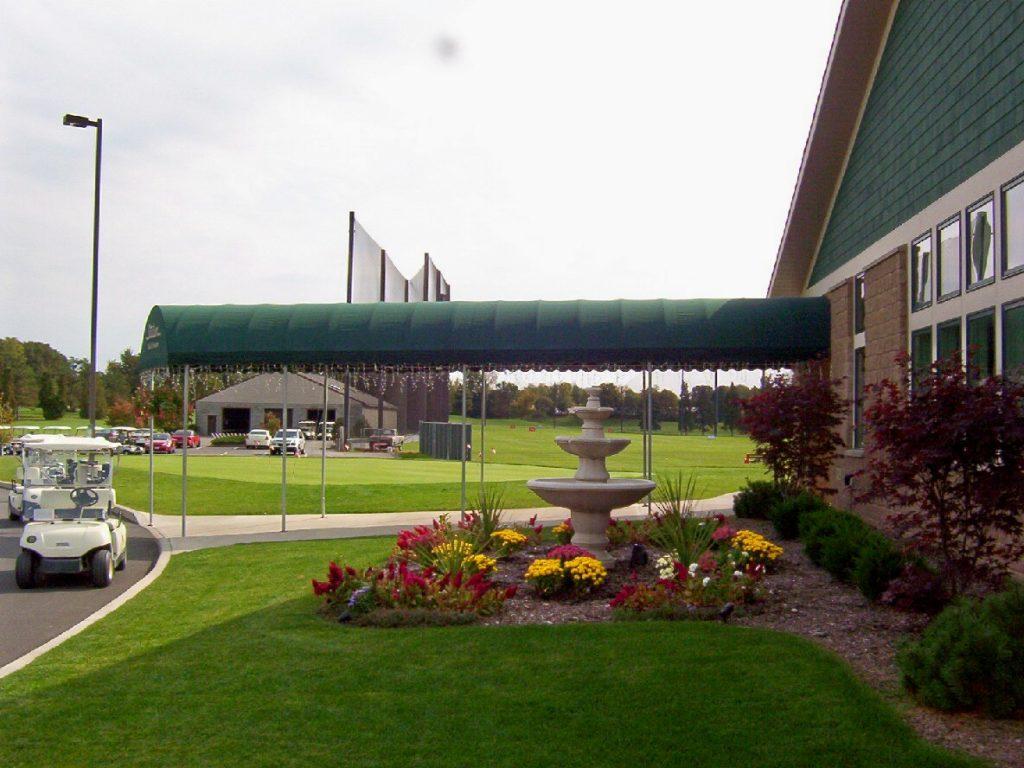 Stadium Golf Course Archway